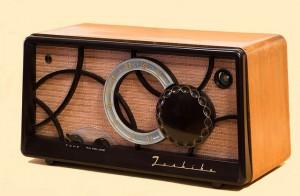 Apple goes Radio